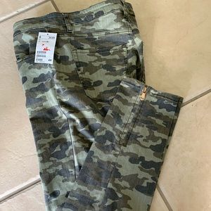 LO.G.G H&M camuflaje Jeans Size 12 New